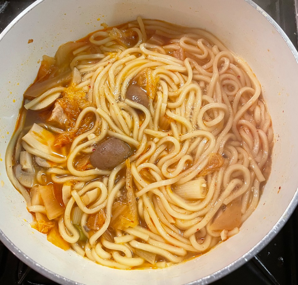 kimchi-with-noodles