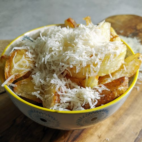 Homemade Chips with Parmesan and Truffle
